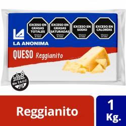 Queso Reggianito Trozado La Anónima x 1 kg.